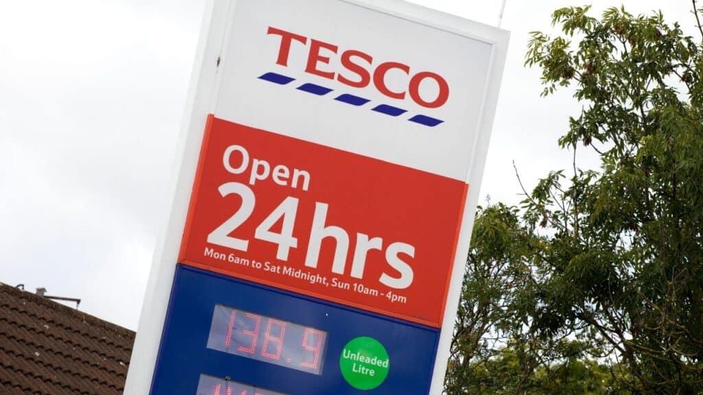 Tesco イギリス スーパーマーケット